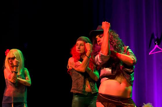 Bozza Battonz - Cabaret